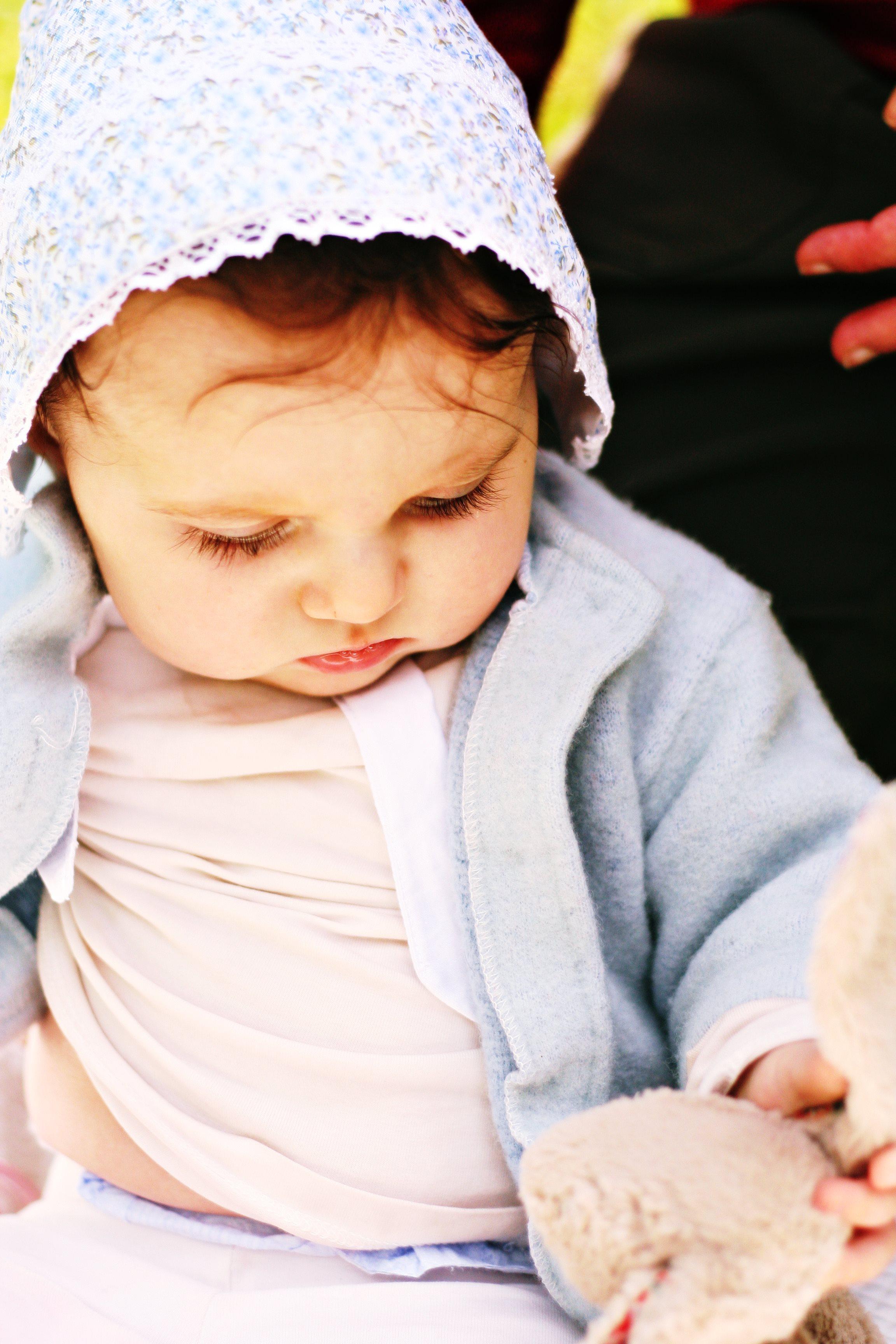 look bebe fichu liberty veste cyrillus bleu doux blog famille mode enfant maman reveuse